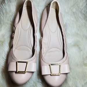 Cole haan grand nude color flat shoes size 7.5